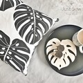 Monstera Black & White